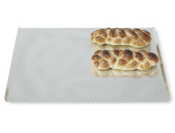 4131251 | Bakery plate, perforated, aluminium Metos 450x600 |