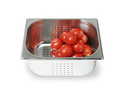 4255147 | GN container Metos GN1/2-150P, peforated, stainless steel |